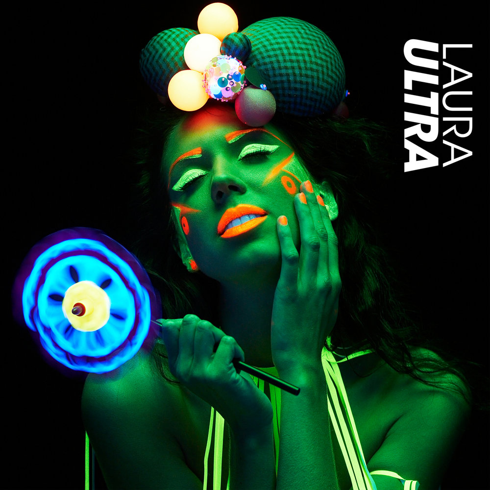 laura-cd-cover-1600x1600px (1).jpg