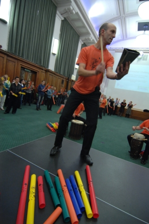 Steve Rivers - Drumming facilitator for corporate events in Japan