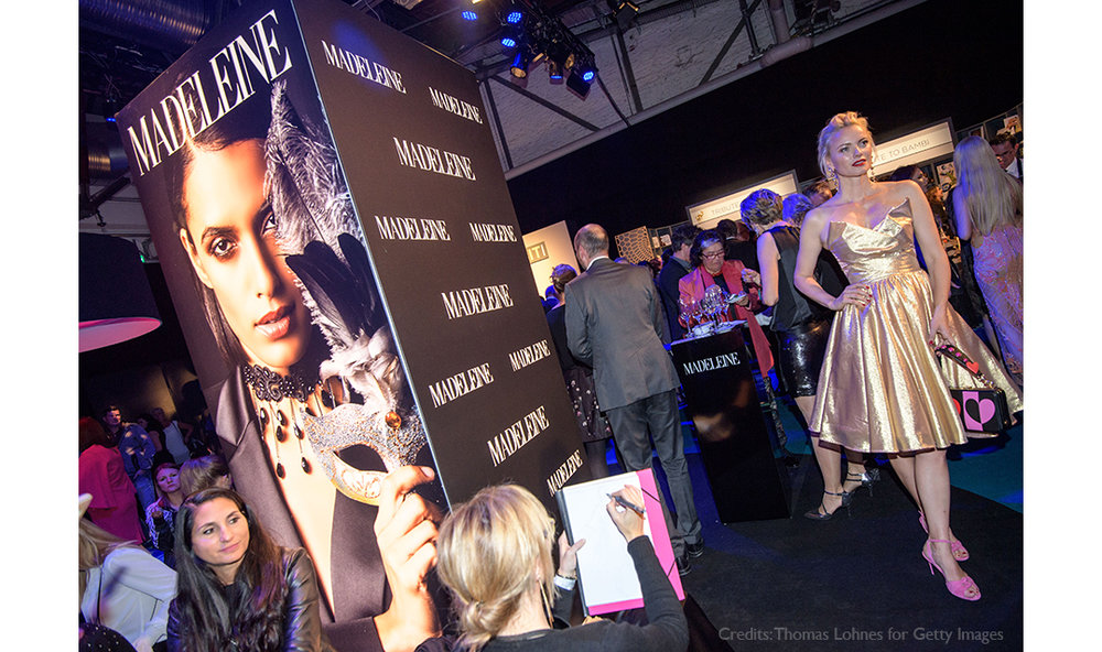 Live-Fashion-Sketches-Tribute-to-Bambi-Madeleine-Fashion-Virginia-Romo-14-Frankziska-Knuppe.jpg