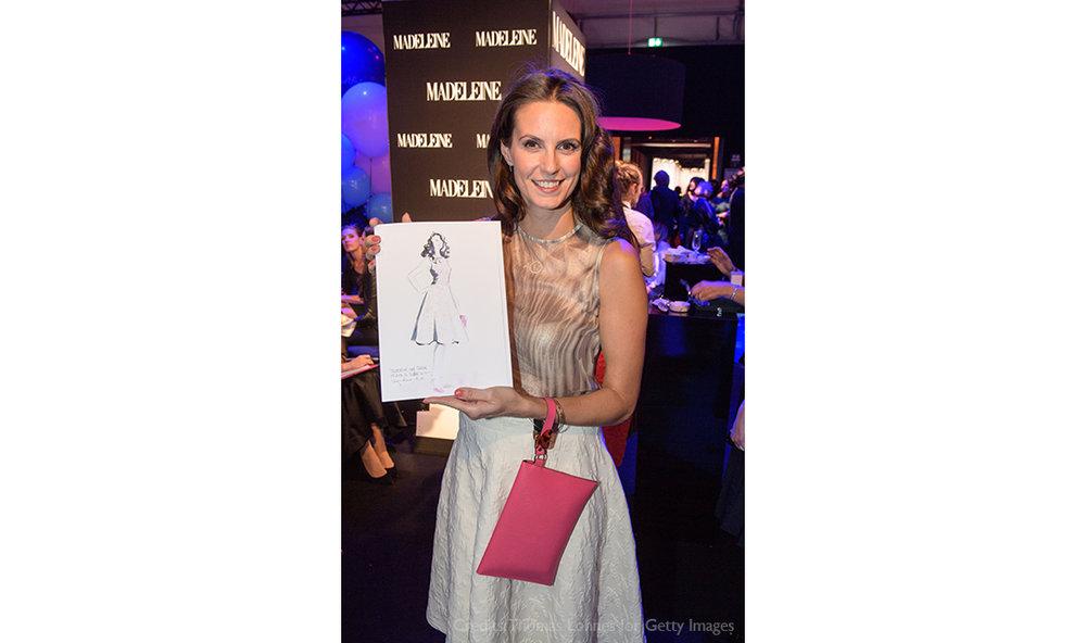 Live-Fashion-Sketches-Tribute-to-Bambi-Madeleine-Fashion-Virginia-Romo-17-Katrin-Wrobel.jpg