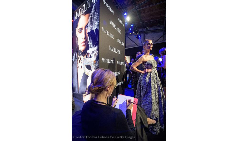 Live-Fashion-Sketches-Tribute-to-Bambi-Madeleine-Fashion-Virginia-Romo-24-Kerstin-Linnartz.jpg