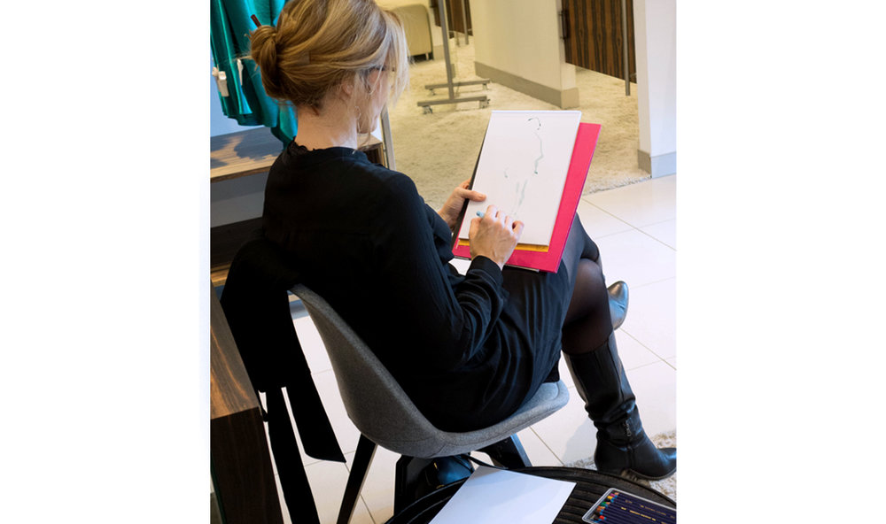Fashion-live-Sketches-Event-Riani-Breuninger-Virginia-Romo-4.jpg