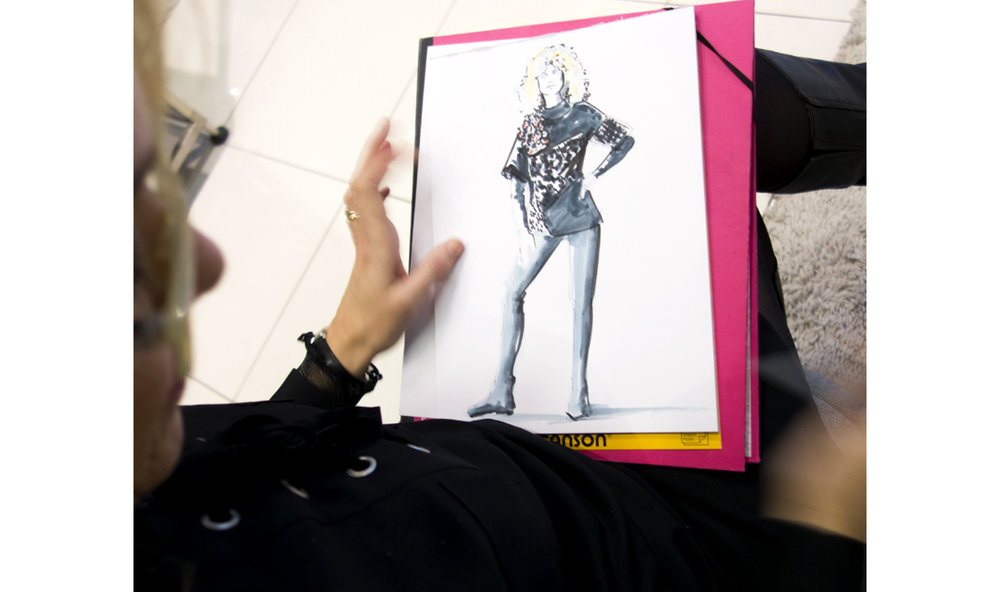 Fashion-live-Sketches-Event-Riani-Breuninger-Virginia-Romo-14.jpg