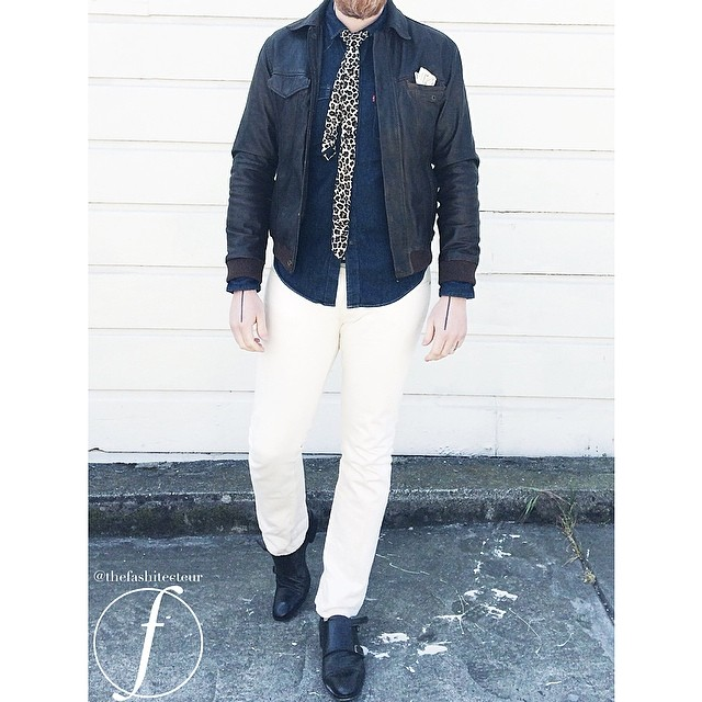 The look in action. JCrew's 484 in wheat selvedge round off the spring/summer ensemble.