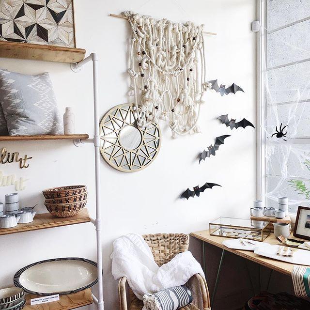 Spooky corners 🕷