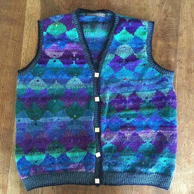 This waistcoat order has just been posted to a customer. . . #woodwardanddavey #knitwear #handknitted #handdyedyarns