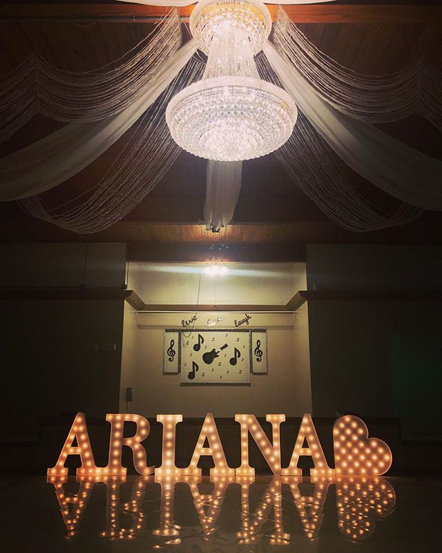 #ariana #quince #marqueeletters #eventrentals