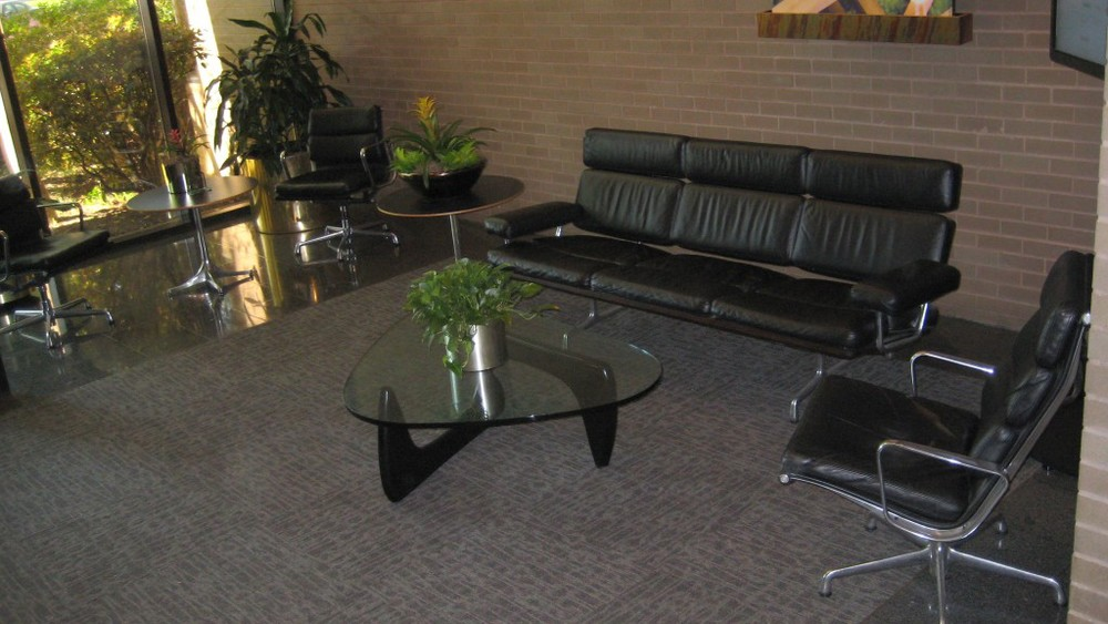 Eames Sofa U0026amp; Eames Soft Pad Chairs Withu0026nbsp;Noguchi  Table,u0026nbsp;ServiceMaster