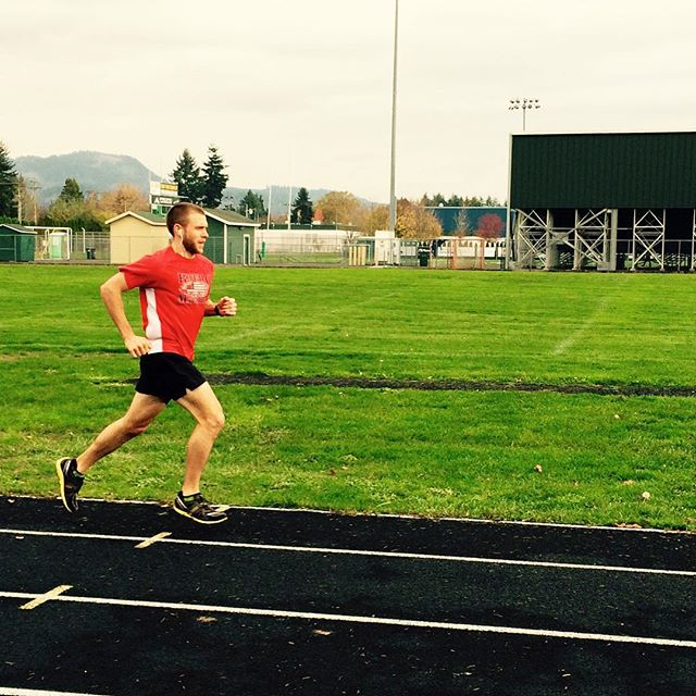 Today we wish a very Happy Birthday to Jonathan Pinney! Here he is training in Oregon and he also is racing a 10k today! ⚓️⚓️⚓️ #happybirthday #runforanother #runjanji #anchoredelite #oregon #10k
