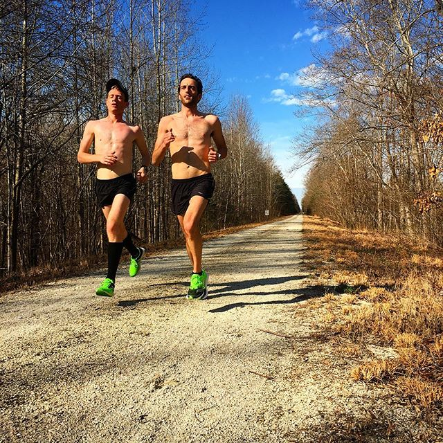 22 mile workout in the books! We are just a few weeks away from the Boston Marathon!  Photo cred: @theschultzee ⚓️⚓️⚓️ #anchoredelite #runforanother #bostonmarathon #sauconyracing @saucony @runjanji #marathontraining #22miles #runnerspace #virginia
