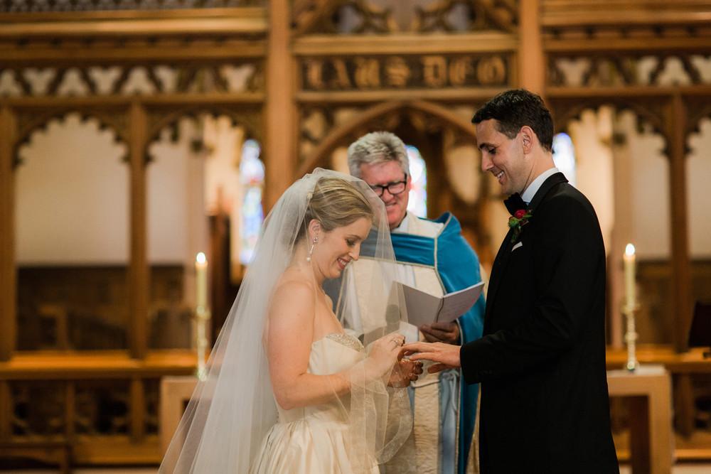 JuliaArchibald_WeddingPhotography_Melbourne_016.jpg
