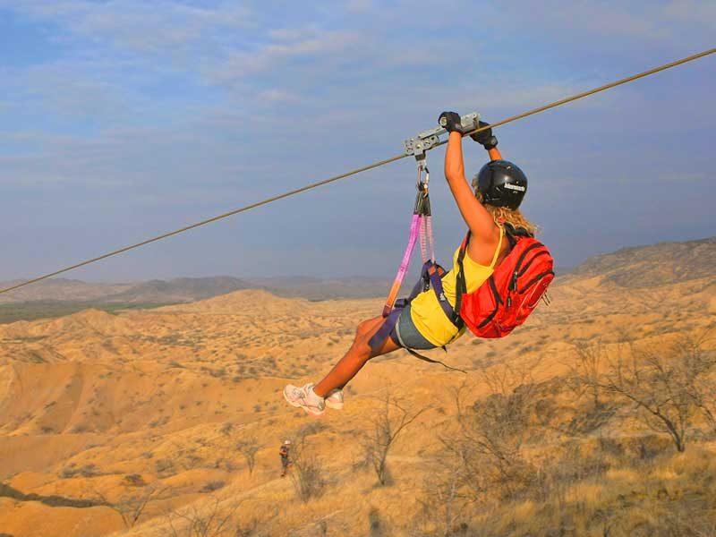 Tour-Canopy-zipline-Ecofundo-La-Caprichosa-5-800x600.jpg