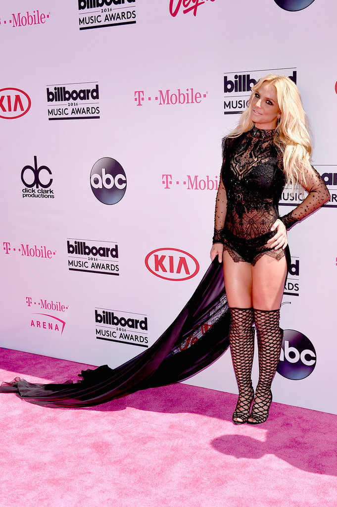 Britney Spears in Reem Acra