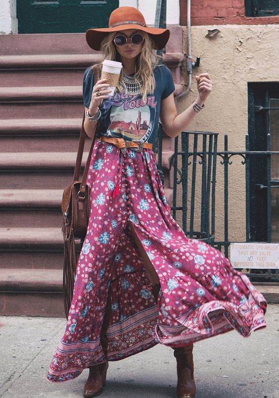 Flowy hippie skirts are the BEST for summers! Pair one with a chunky belt, fringe sling bag and ankle boots. Put on a crop top, off shoulder perhaps, or a casual tee