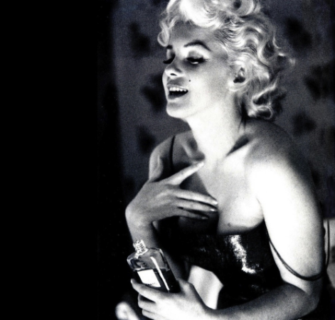 Marilyn Monroe In Chanel No. 5 ad