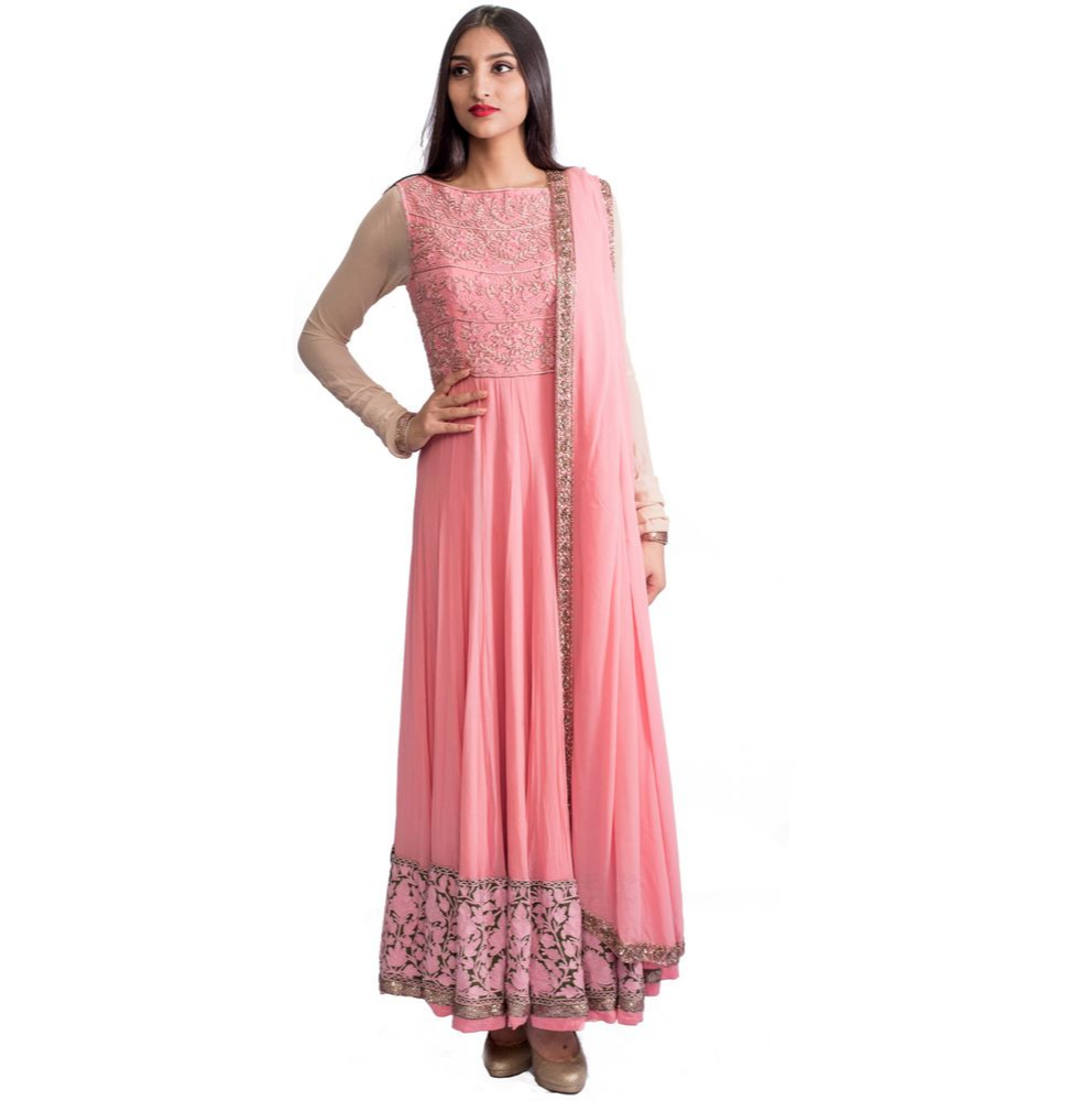 Carefully crafted and put together, this Manish Malhotra 3-piece is so beautiful! PLUS, this pastel pink color! There is thread work entirely at the bottom of the kurta and the neck has threaded flowers outlined with gold zari and brightened with sequin work.