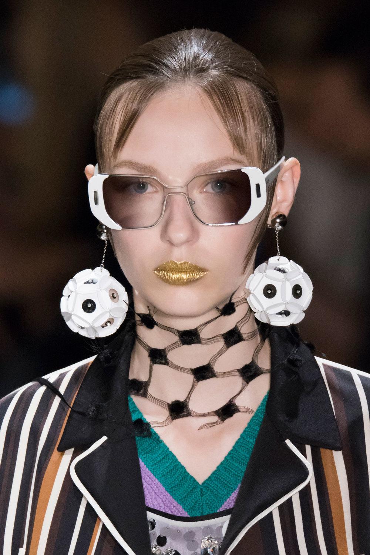 Prada-spring-2016-runway-beauty-fashion-show-the-impression-097.jpg