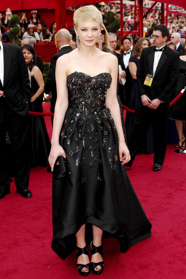 Carey Mulligan in Prada during Oscars 2010