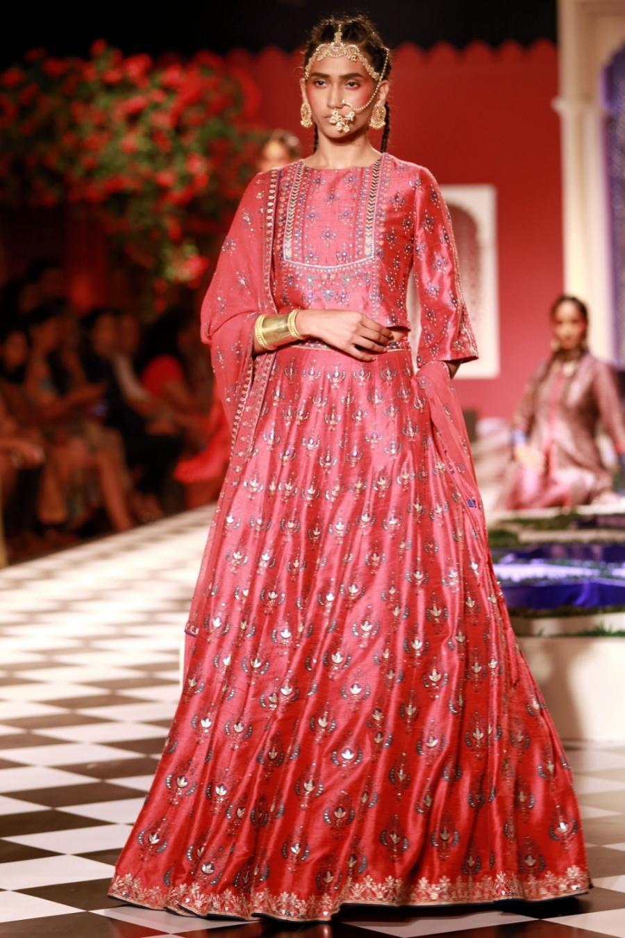 New Delhi India Couture Week 2016  Anita Dongre-529194.jpg