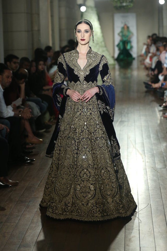begum-e-jannat-by-couturier-manav-gangwani-fdci-india-couture-week-2016-jpg-6.jpg