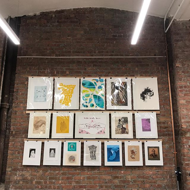 Throw back to the Parsons Printmaking Exhibit. Since it's #printweek and all. #nycprintweek  3 pieces in here by me: the third one from the left in the top row. ( a monotype) the last one on the same row (photolithograph) and the third one in the middle row.(a two color lithograph) #printmaking
