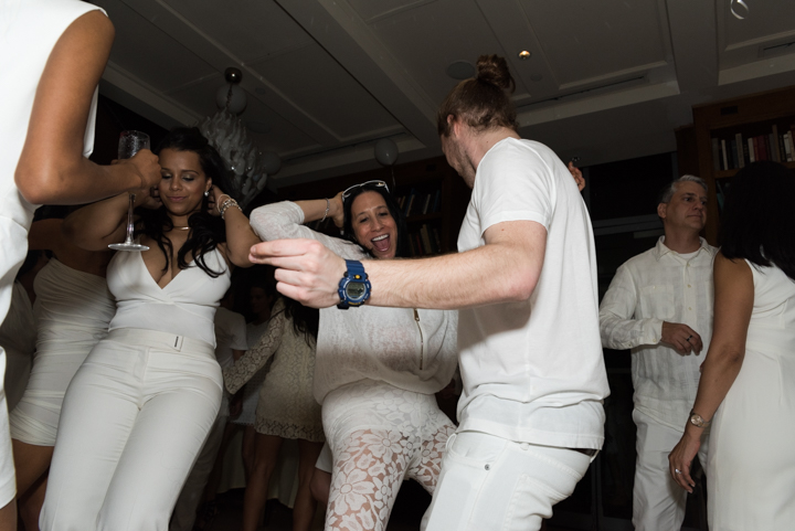 WhiteParty-16.jpg