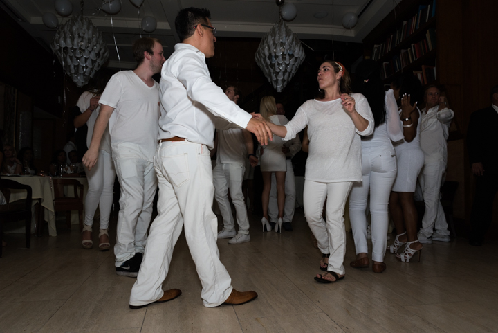 WhiteParty-9.jpg