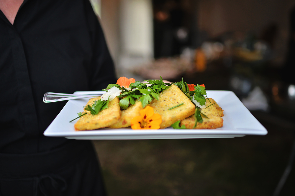 Crispy Polenta Cakes with Parmesan and Chives    ©Closer North