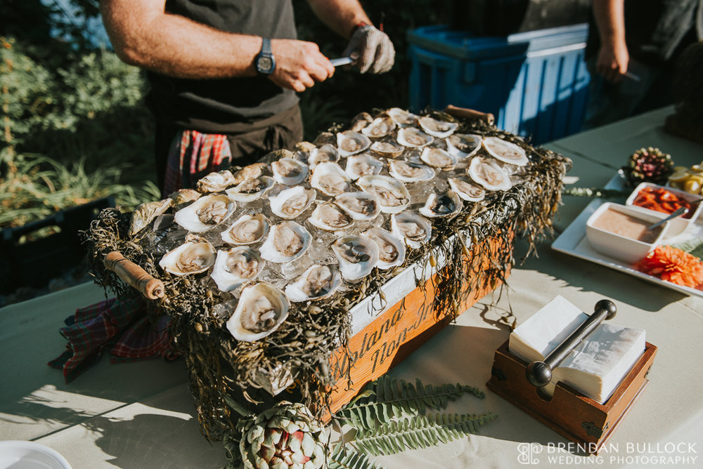 Raw Bar   ©Brendan Bullock Wedding Photography