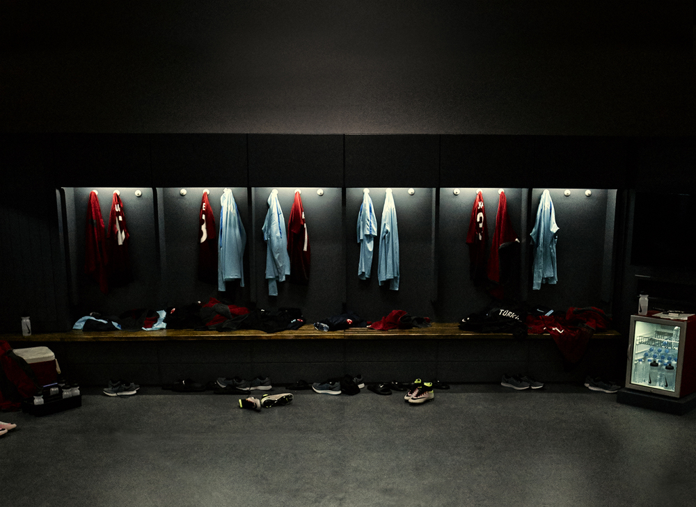 NikeTurkey_TWB_3789-bkg Plate-RGB.jpg