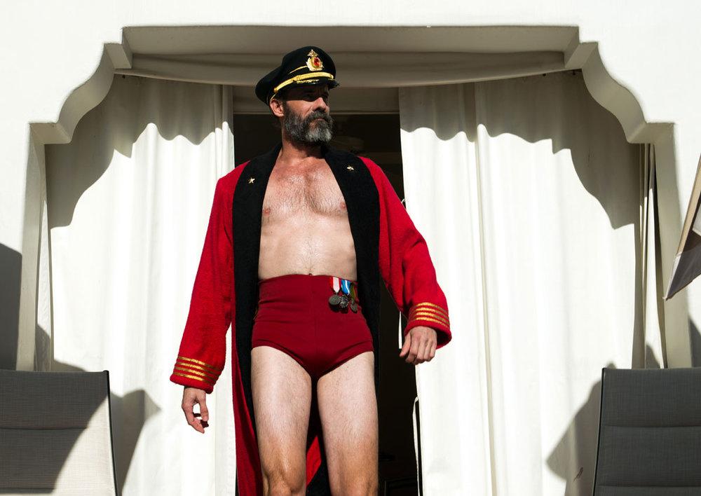 Hotels.com_b-suit.jpg