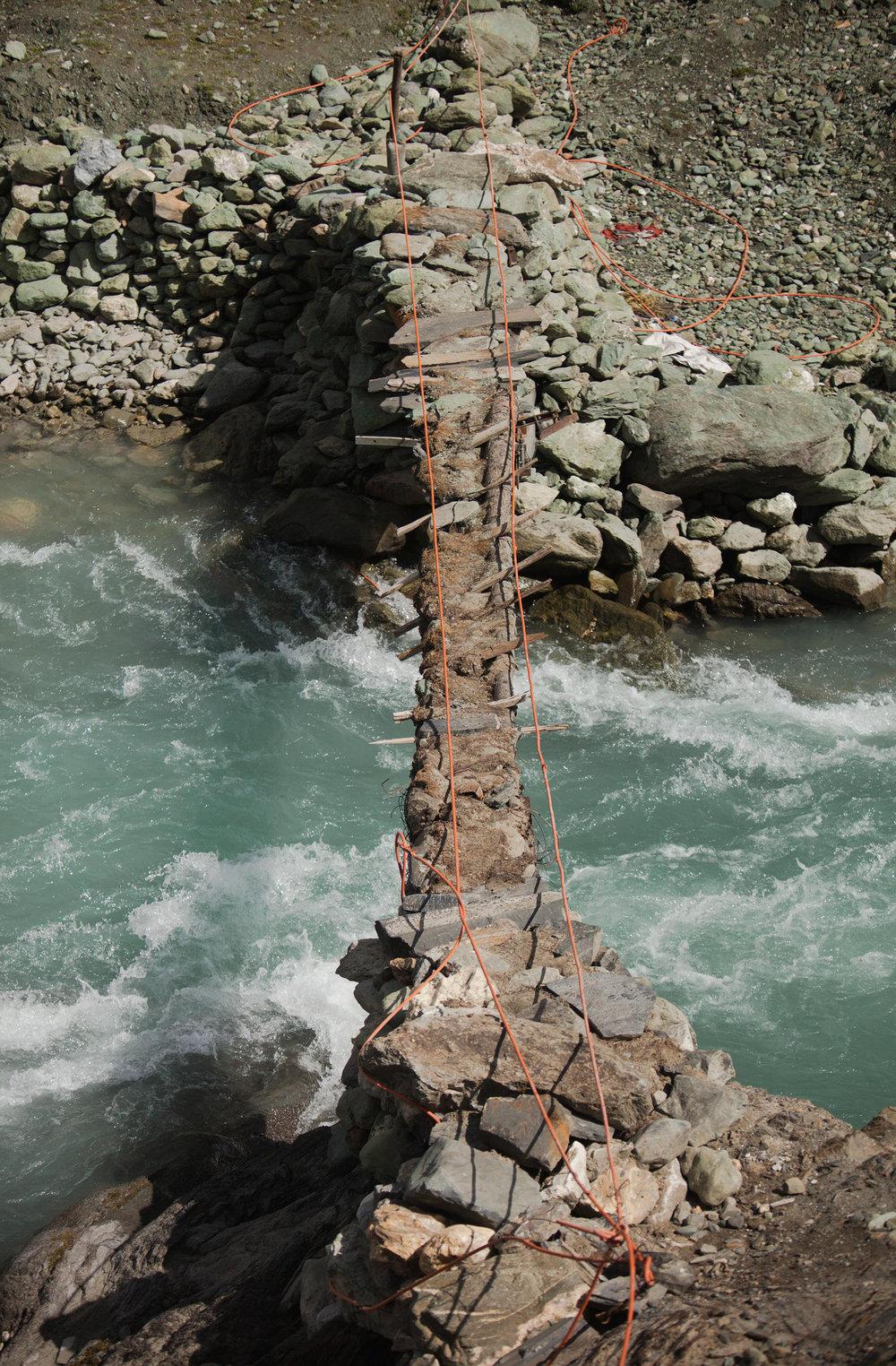 L - Ozzie-Hoppe-Photographer-India-Himalaya_a.jpg