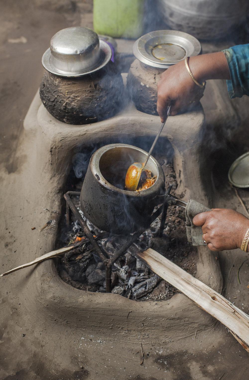 N-2 Ozzie-Hoppe-Photographer-India-Himalaya_a.jpg