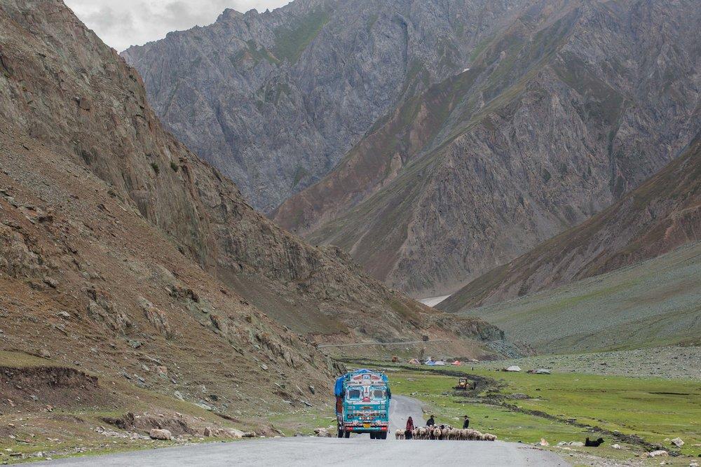 A - Ozzie-Hoppe-Photographer-India-Himalaya.jpg