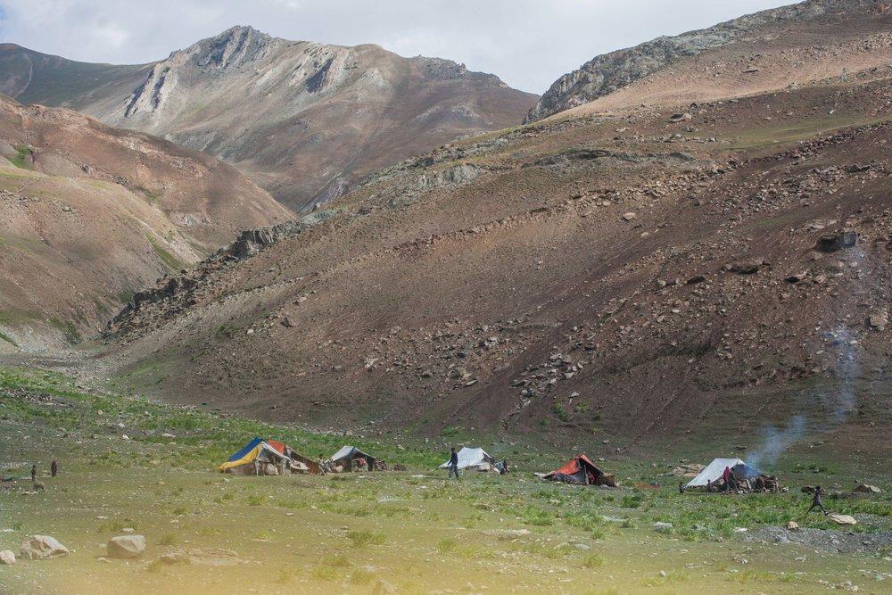 B - Ozzie-Hoppe-Photographer-India-Himalaya.jpg