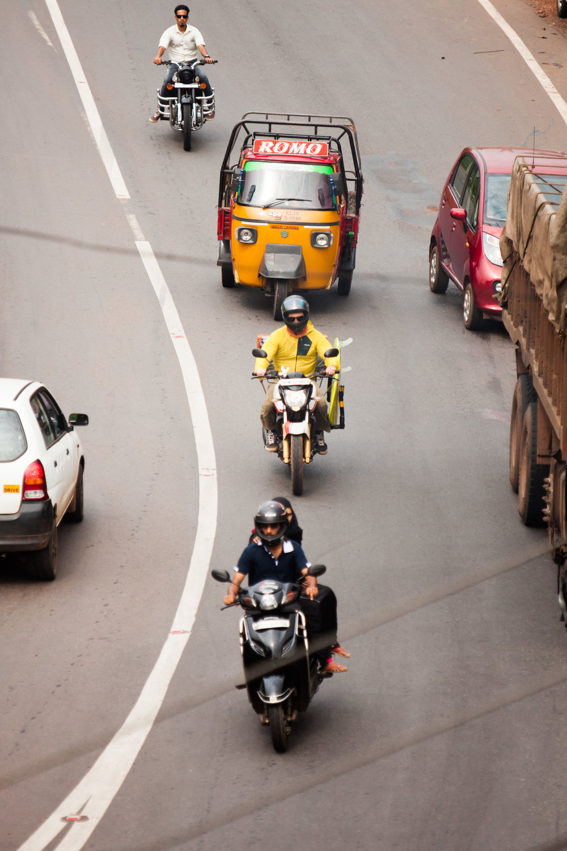 RW2 - Ozzie Hoppe - Surfing India - Moto Trip28.jpg