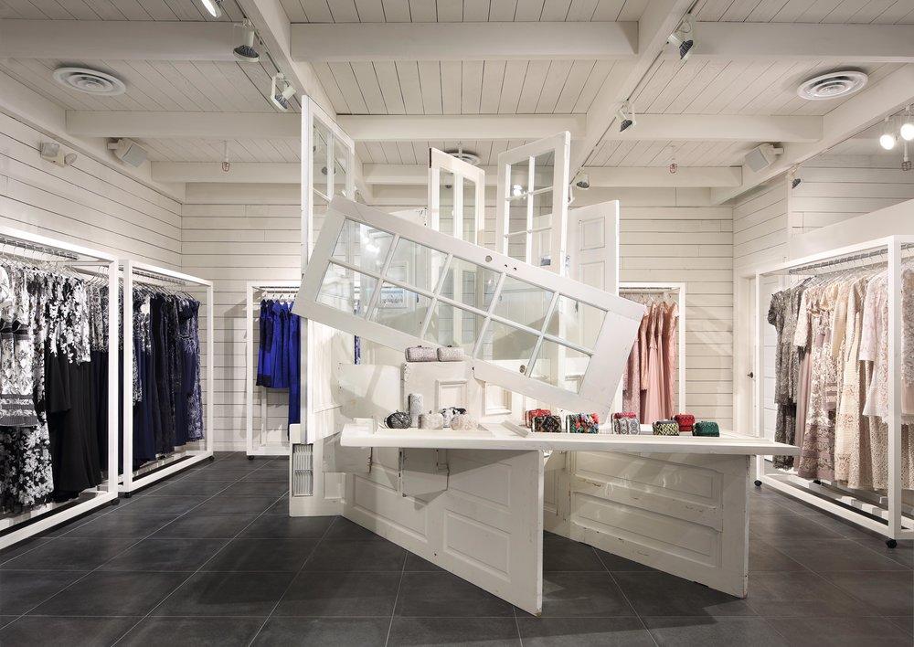 Tadashi Shoji Glendale Galleria March Studio