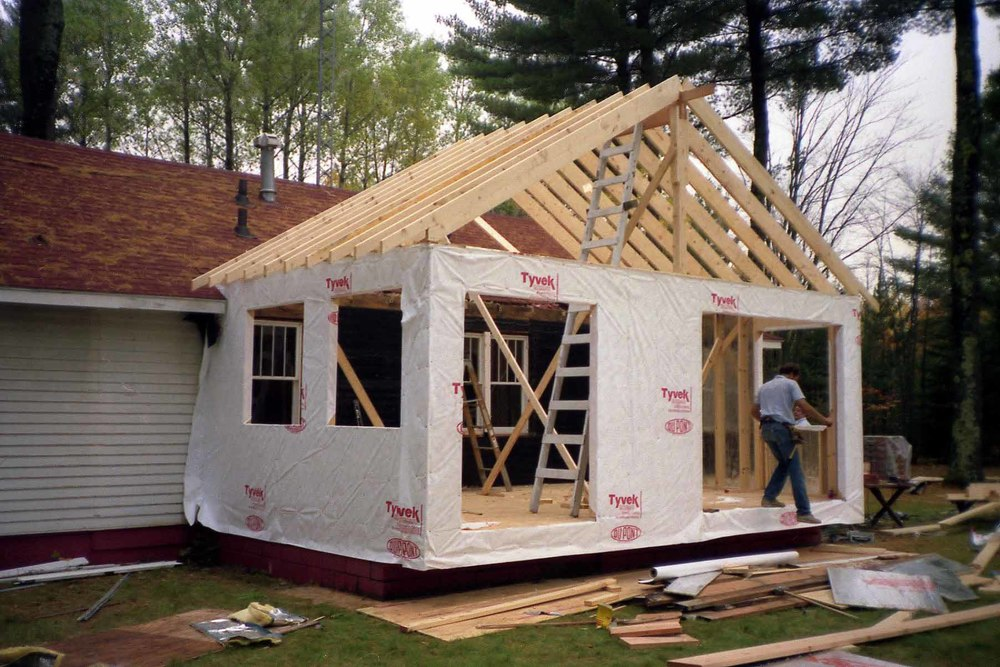 Mielczarek Construction can help you with the following types of projects: • Kitchens • Bathrooms • Laundry Rooms • Bedrooms & Master Suites • Full Interior Conversions & Remodeling • Home Offices, Studies, Studios, Libraries • Great Rooms • Family Rooms • Attic Conversions • Additions • Garage Conversions & Remodeling