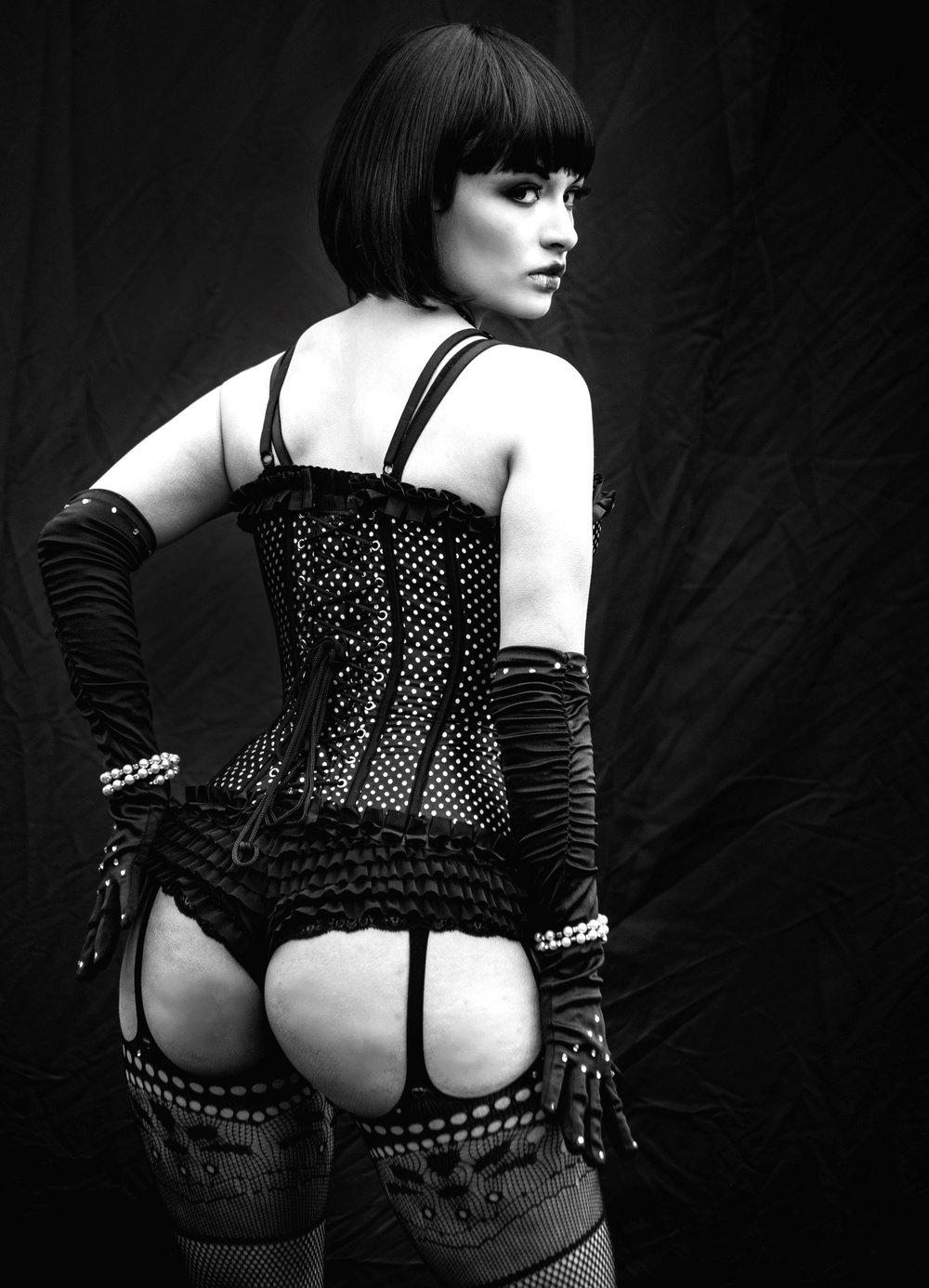 Annette Coquette (Burlesque Entertainer)