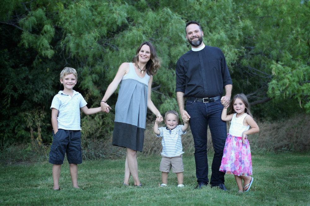 Jack (7), Andrea, Soren (2), Erik, Reese (4)