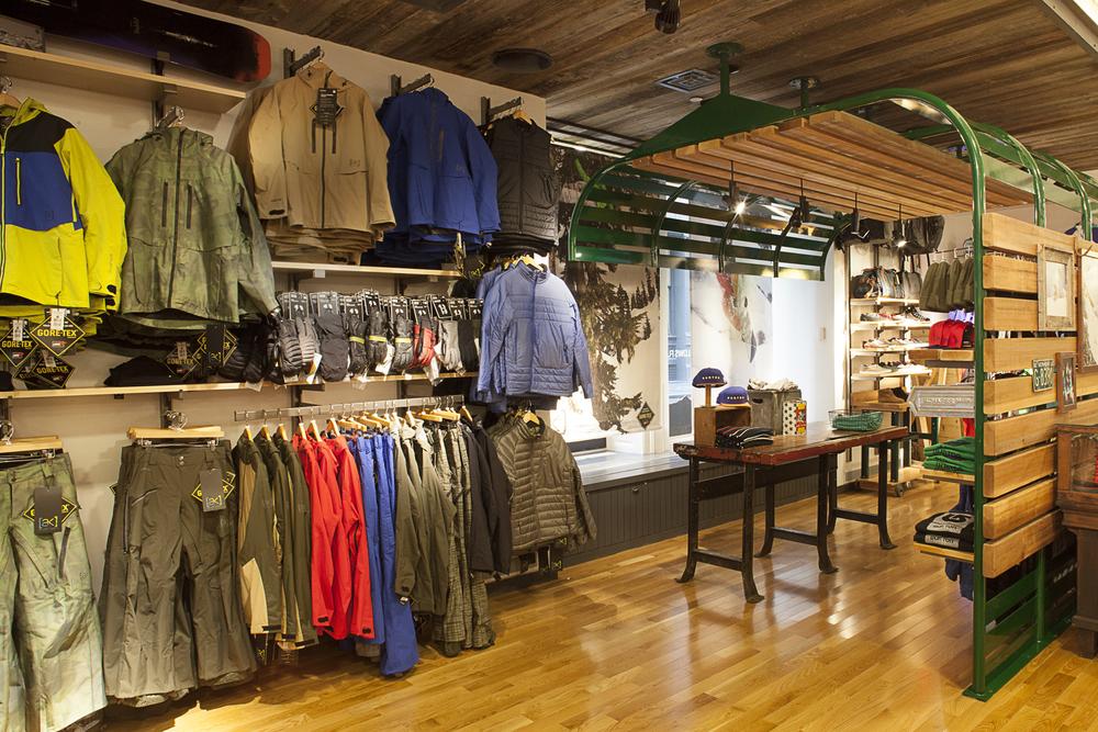 Burton Snowboards. Tobin Parnes Design. NY. Retail Design. Sales Area.
