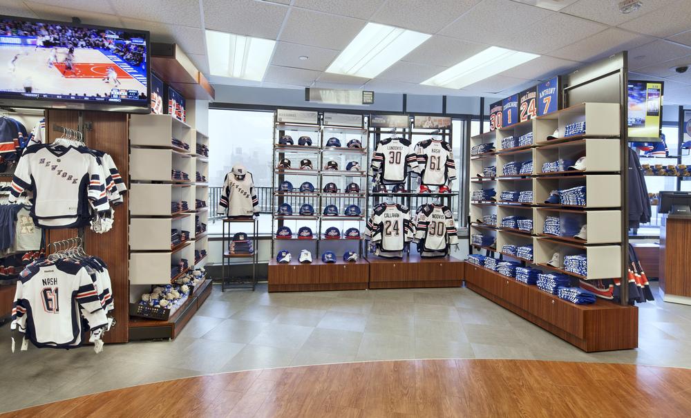 Madison Square Garden Stores. Tobin Parnes Design. NY. Retail Design. Sales Area.
