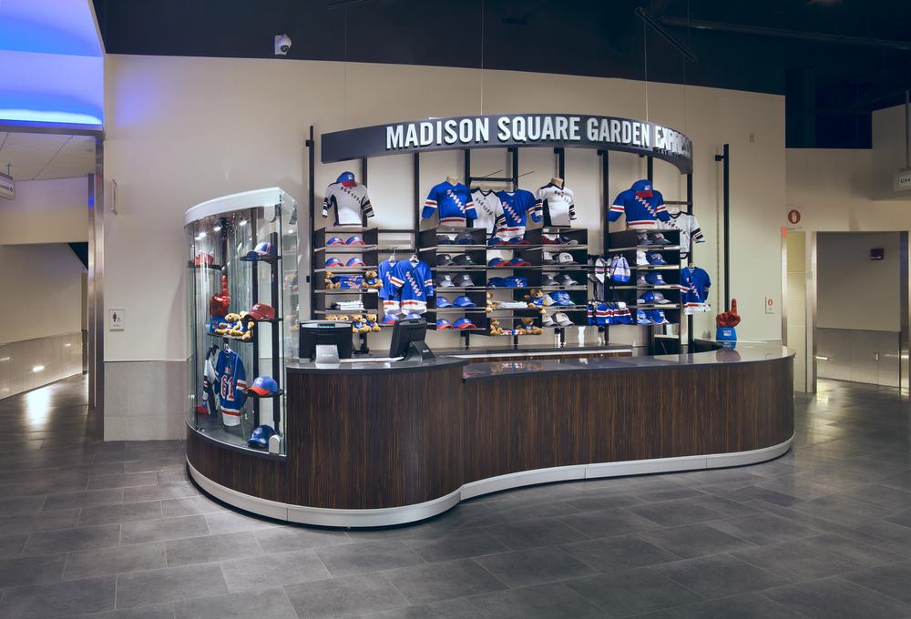 Madison Square Garden Stores. Tobin Parnes Design. NY. Retail Design. Express Store.