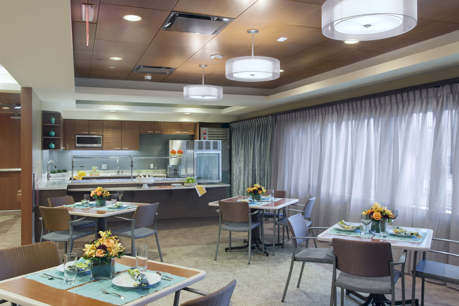 Parker Jewish Institute: 2 North. Tobin Parnes Design. NY. Healthcare Design. Cafeteria. Dining.