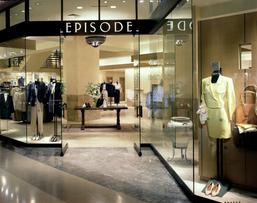 Episode. Tobin Parnes Design. Retail Design. Exterior.