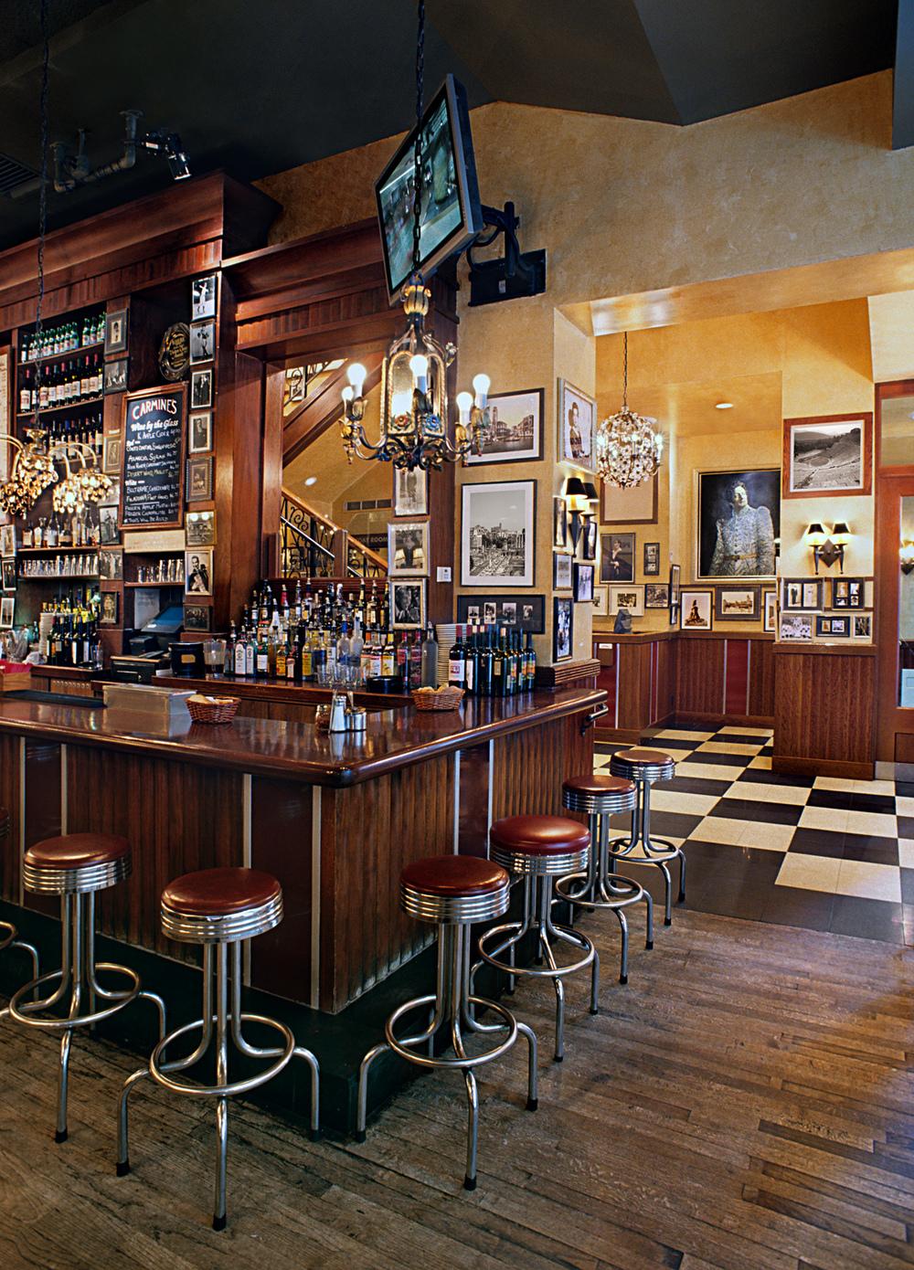 Tobin Parnes Design. Carmine's Italian Restaurant. NYC. Hospitality Design. Restaurant. Times Square. Millwork. Bar.