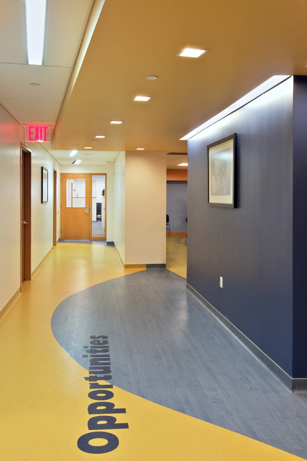 Per Scholas Headquarters. Tobin Parnes Design. Queens, New York. Cultural and Institutional. Corridor.