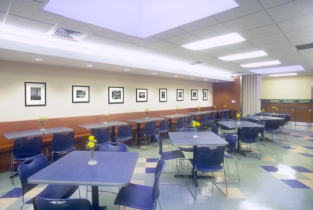 Cafeteria 02.jpg