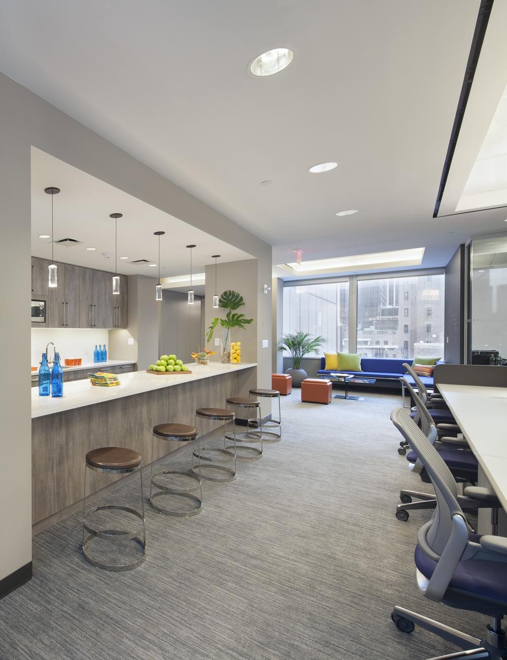 Tobin Parnes Design. NYC. Workplace. Bar & Pantry Design