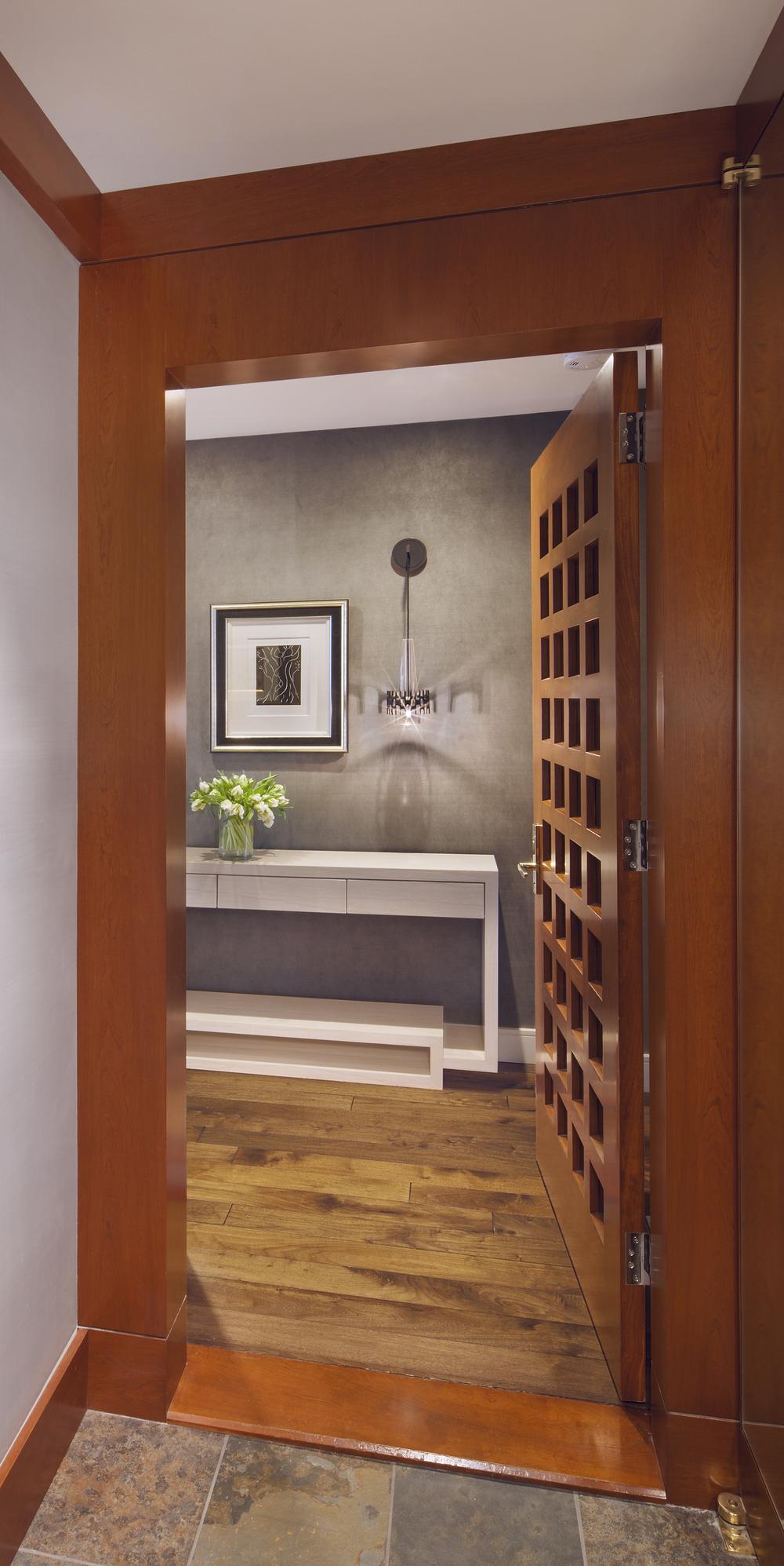 Private Residence. Tobin Parnes Design. New York. Residential. Entry.